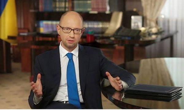 """Leader della fazione del blocco Petro Poroshenko nella Verkhovna Rada: """"Non esiste alternativa a Yatsenyuk"""""""