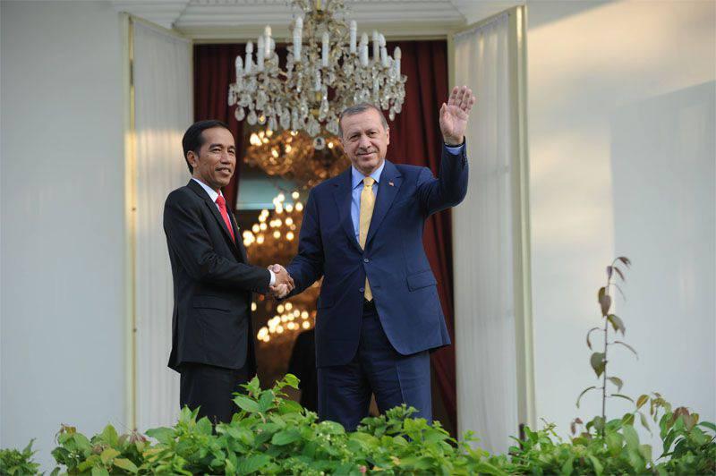 """Combattenti IG hanno detto che si stanno preparando per una """"campagna a Istanbul"""""""