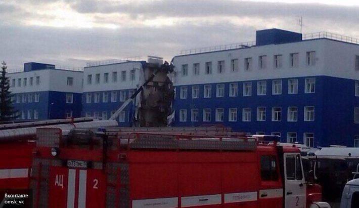 Omsk yakınlarındaki Hava Kuvvetlerinin antrenman merkezindeki tüm acil barakaları yıkmaya karar verdi