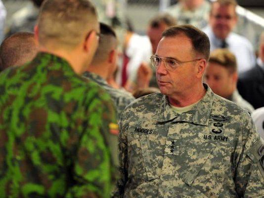 Kiev için lolipop. Amerikan generali Ukraynalıların Amerikan askeri teçhizatını Amerikalılardan daha iyi ele aldığını söyledi