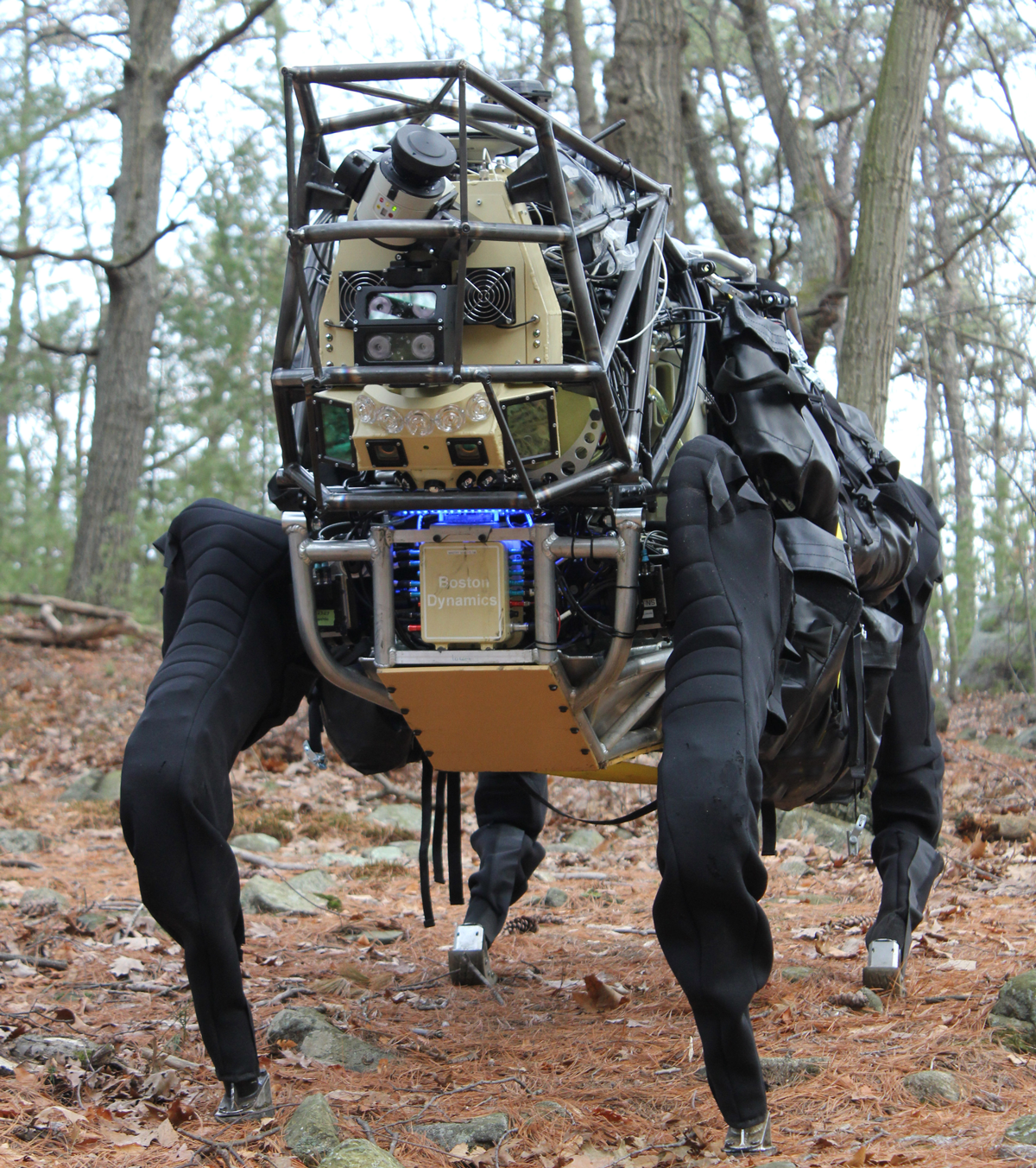 military vs military robotics Pros and cons for robotics in the military pros: some good things about having robots in the military are they are able to help soldiers some can improve on attacks.