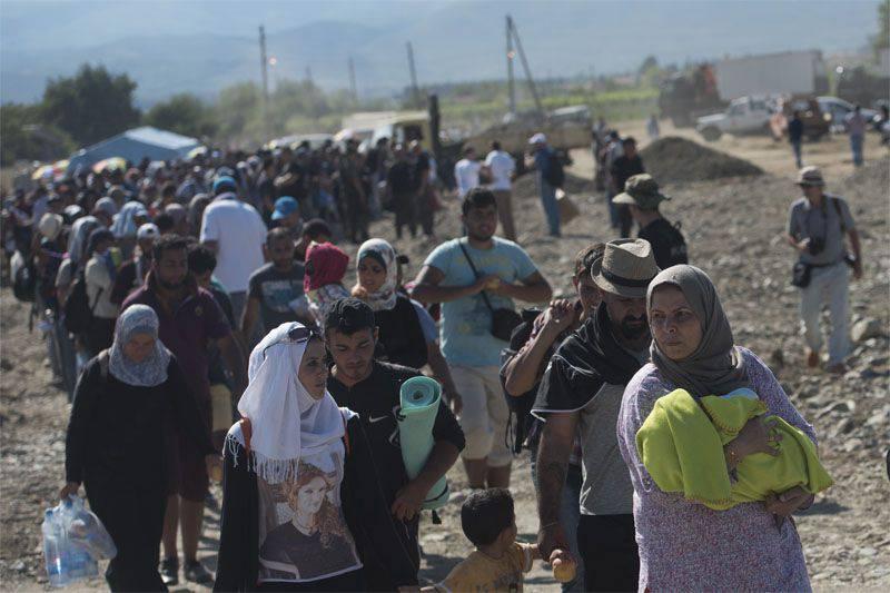 Nell'UE, in relazione all'afflusso di rifugiati, si sta discutendo della possibilità di riprendere il controllo alle frontiere interne