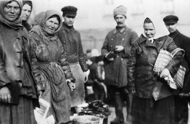 Причины перехода к НЭПу в Советской России