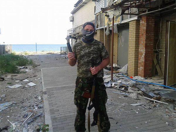 Mariupol yakınındaki gece savaşları