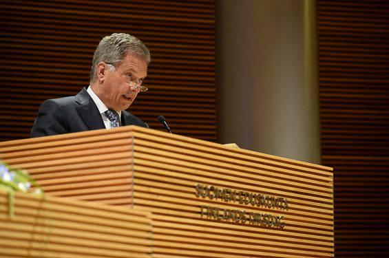 Il presidente finlandese ha messo in guardia la Finlandia dalla promessa di partecipare alla difesa delle repubbliche baltiche