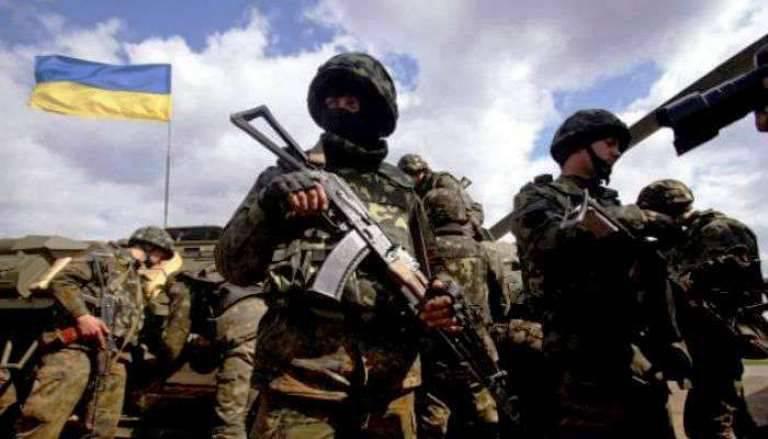 """Ukrayna komando ülkesinin bayrağını vurdu, """"banderobil"""" olarak ayarlandı"""