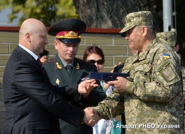 우크라이나 군사 교리는 러시아를 적이며 침략자로 정의하고있다.