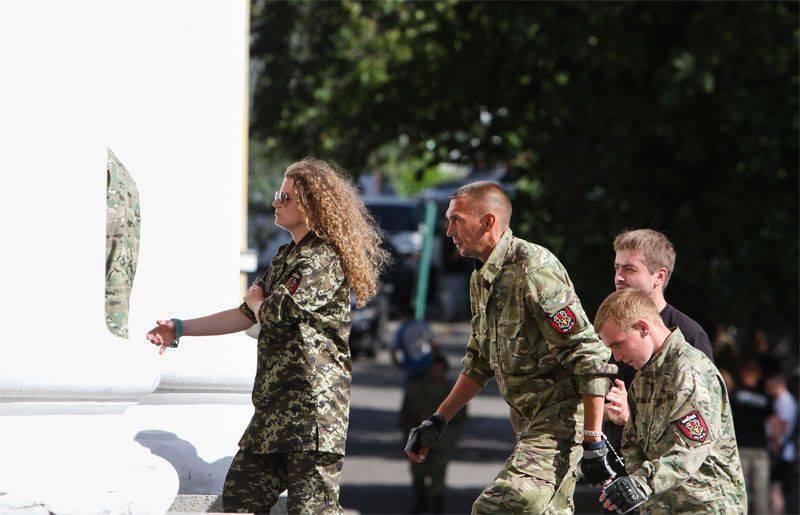 キエフのオフィスpravosekovで犠牲者なしで爆発