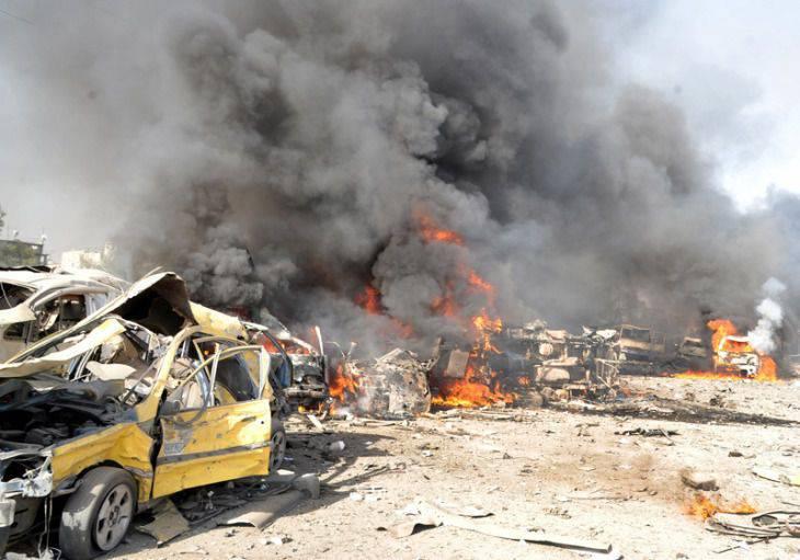 """시리아 군대는 """"러시아 포병 지원으로""""공격하고있다."""