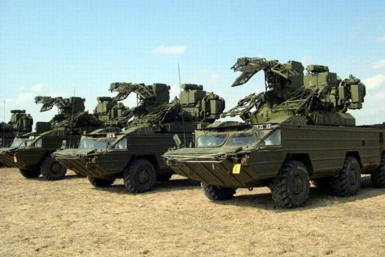 Au LC, il y avait un entraînement d'unités de défense aérienne