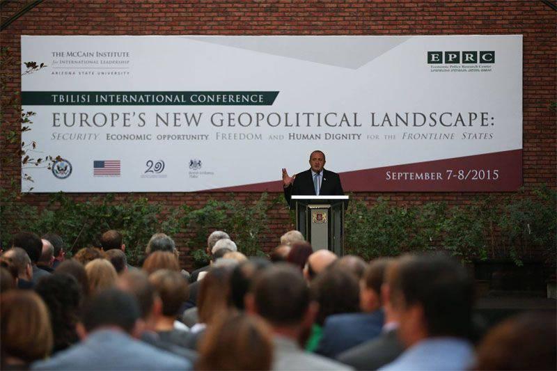 ジョージア大統領は、ヨーロッパは「ロシアからの電話」に対する「まともな対応」をまだ見つけていないと述べた。