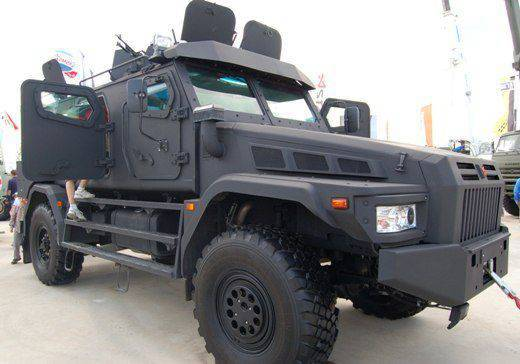 "CJSC ""Asteys"" presented a black armored car ""Patrol-A"""