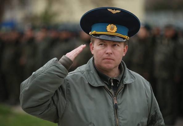 """우크라이나 대령과 우크라이나 Verkhovna Rada의 대리인 : """"침략자는 더 이상 우크라이나에 발을 내디뎠다"""""""