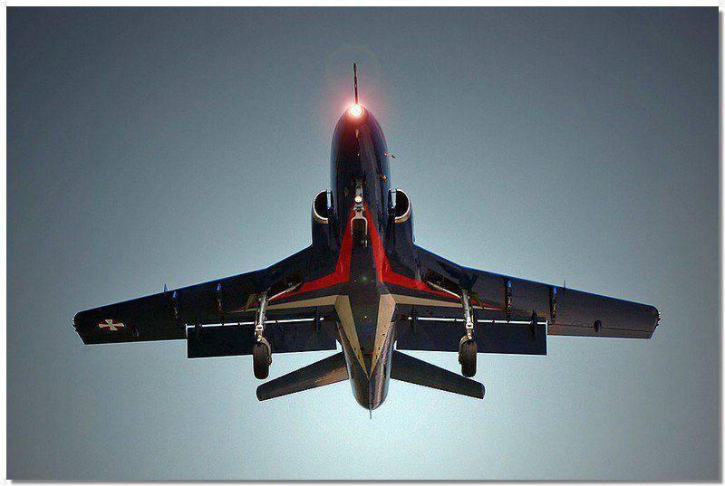 Ј-22 오라 오 모던 세르비아 공군