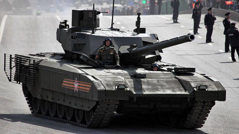 Carro armato russo Armata T-14 contro l'americano M-1 Abrams: chi vincerà?