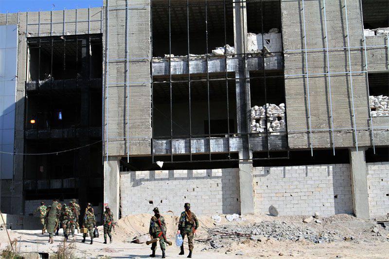 """미국은 군사 훈련 계획을 """"온건 한 시리아 야당"""""""