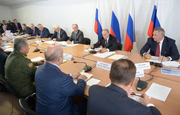 Başkan, askeri-sanayi kompleksinin altı yeni genel tasarımcı adayını onayladı