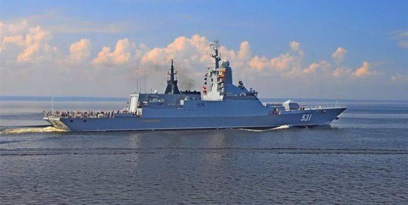 「シャープウィット」、「サラトフ」、「モスクワ」が地中海での演技を開催