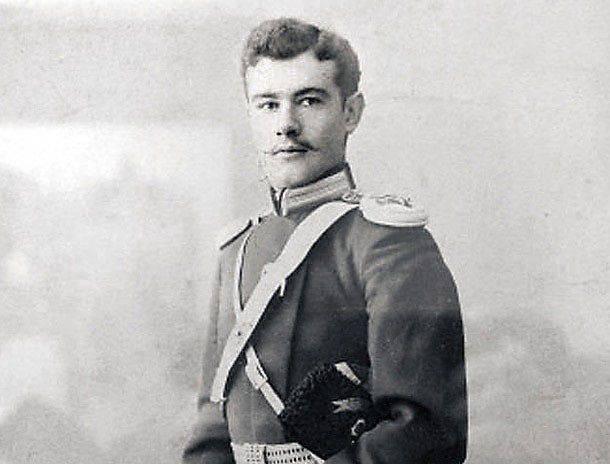 Alexander Alekseevich Khanzhonkov  - 国内映画業界のパイオニアの一人