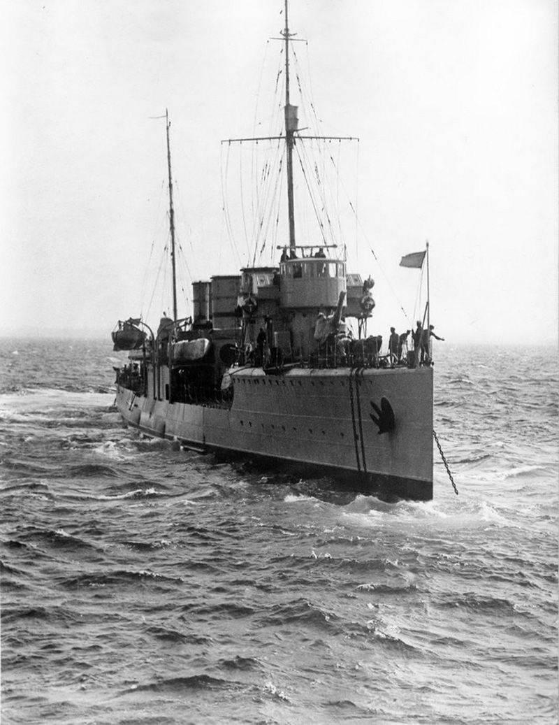 駆逐艦「フルンゼ」の最後の戦い