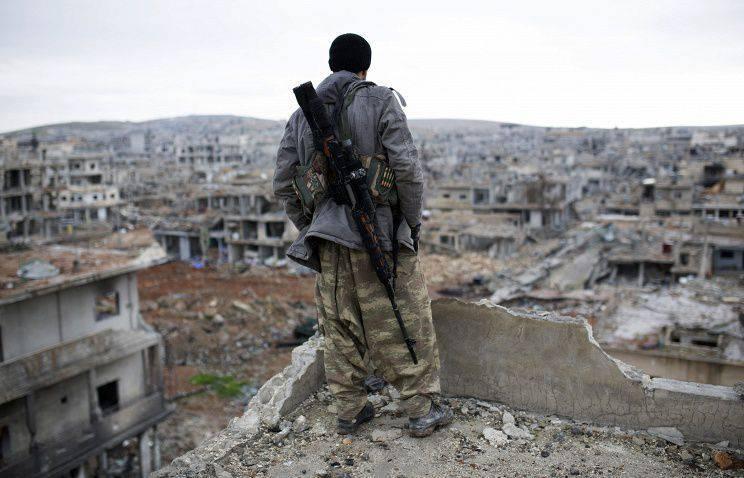 Poutine: Les militants doivent être combattus en Syrie et ne pas attendre leur retour