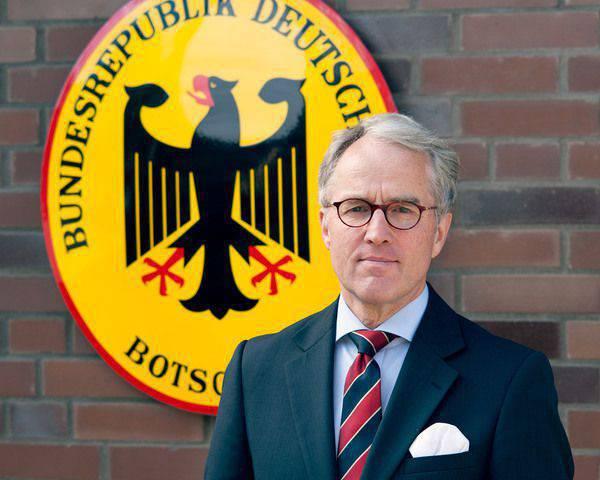 """Немецкий посол в РФ фон Фрич заявил, что размещение американских атомных бомб B61-12 в ФРГ """"в интересах всех"""""""