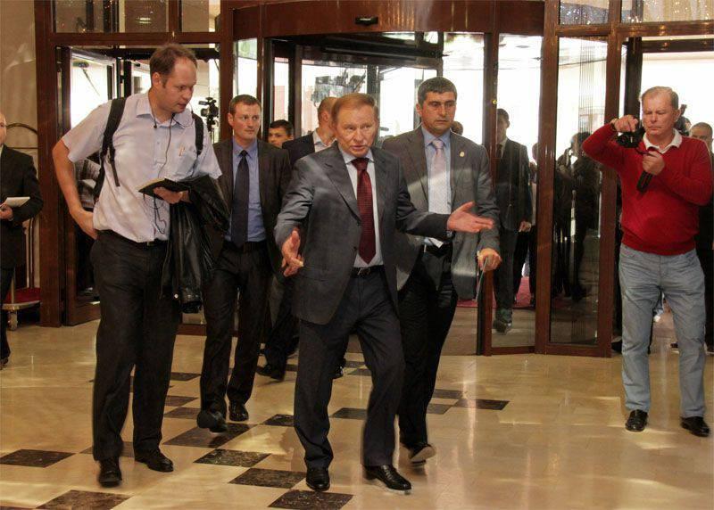 """Kuchma propone di non lasciare """"congelato"""" il conflitto nel Donbass"""