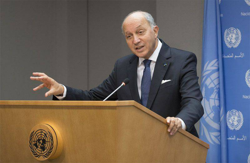 Paris: attacks must be carried out on all terrorist groups, not only on ISIL