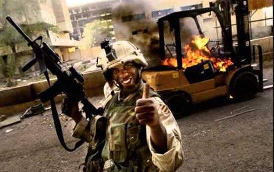 Il giornalista occidentale presenta una raccolta di fatti sugli attacchi dell'esercito americano contro obiettivi civili