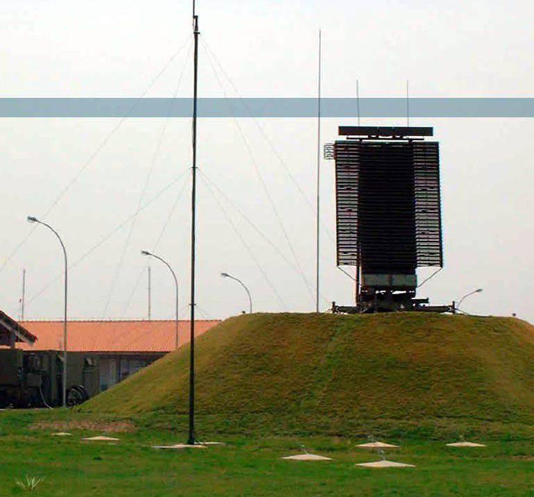 Militares letões compram mais três radares AN / TPS-77
