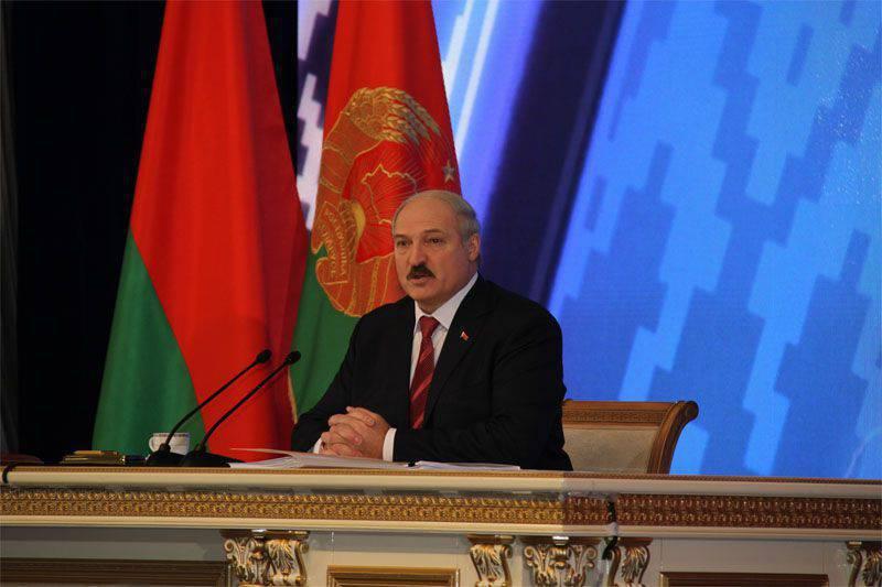 Alexander Lukashenko gana elección presidencial bielorrusa
