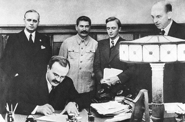 El pacto soviético-alemán de no agresión: una historia con una continuación.