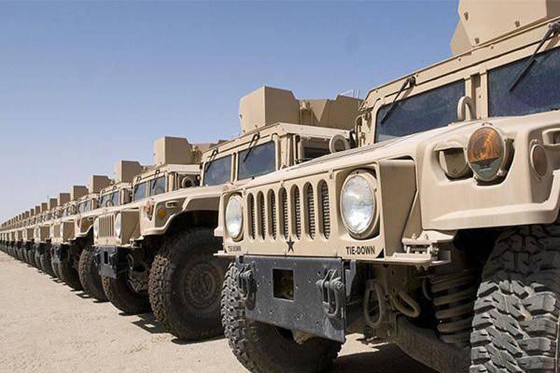 ¿Cómo se verá la próxima generación de Humvee Army Car? (reflexiones en fotos 16)