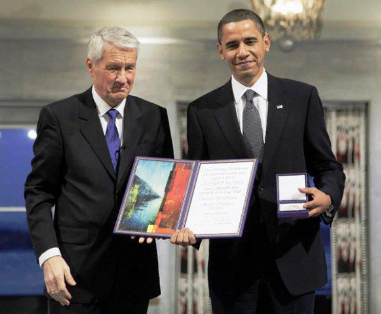 Petición: Obama, devuelve el Premio Nobel de la Paz.