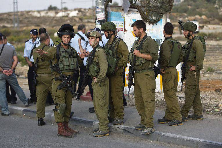 Two Palestinians, who attempted to kill soldiers, were shot dead in Israel