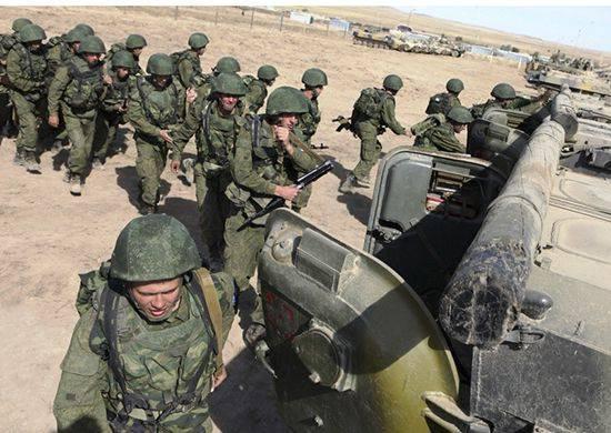 Ejercicios del batallón con bombarderos Su-34 y helicópteros Mi-35M en el Distrito Militar del Sur