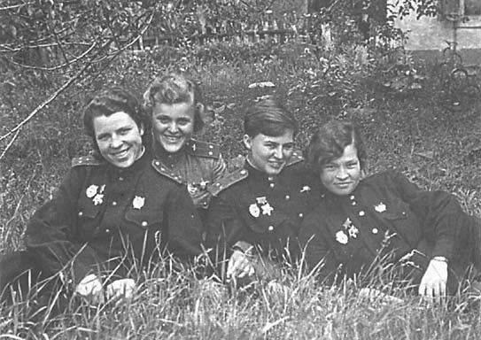 22 kann die Mörder des Helden der Sowjetunion Dina Nikulina nicht finden
