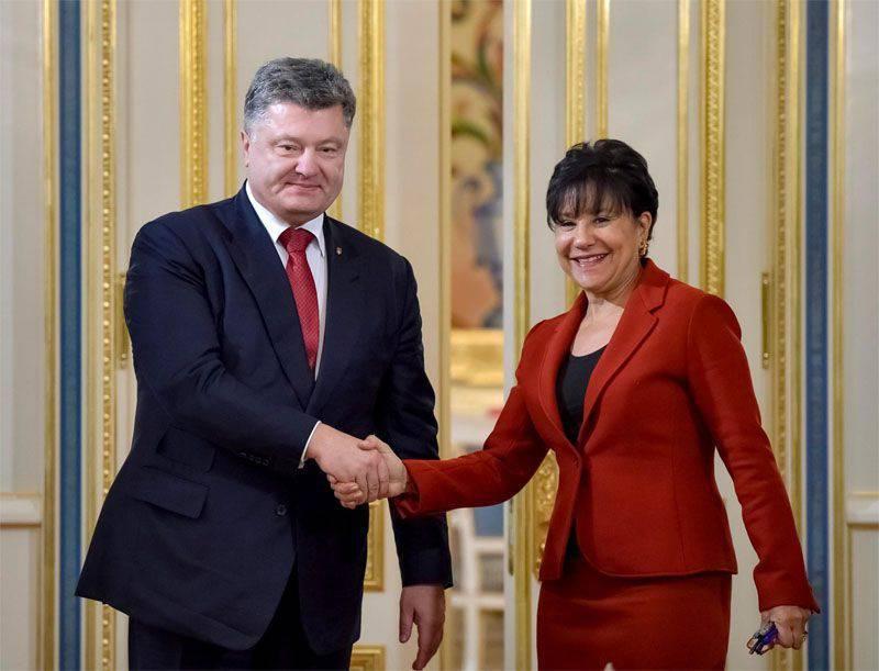 Poroshenko está tratando de aclarar el fracaso de las elecciones locales con una declaración sobre la provisión del próximo tramo de crédito de Washington