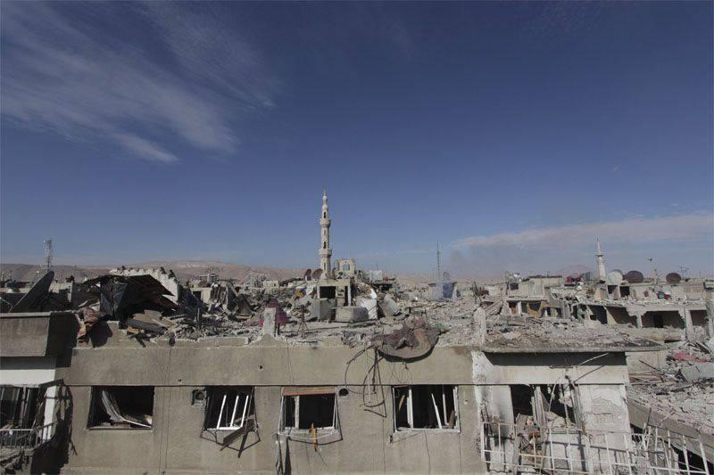 Bashar Assad disse que são as empresas russas que receberão o direito de participar em grandes projetos para a restauração da Síria