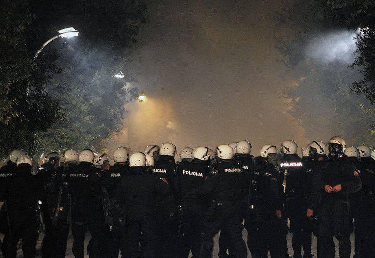 몬테네그로 총리, 모스크바에서 자신의 나라에서 소요 사태를 비난하고있다.