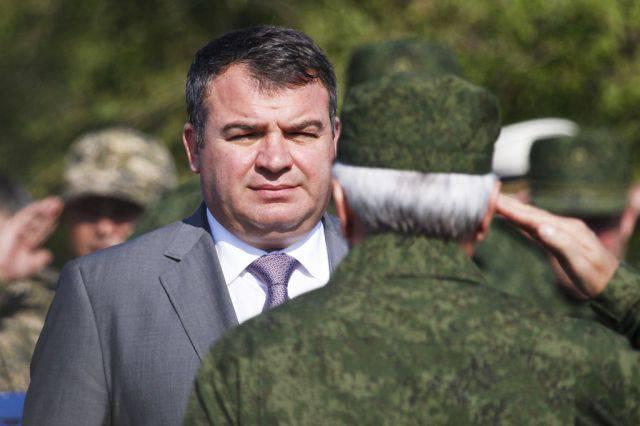 """""""""""예의 바른 사람들과 """"시리아 하늘에서 VKS 조종사, 우리는 Serdyukov를 포함한 의무"""""""
