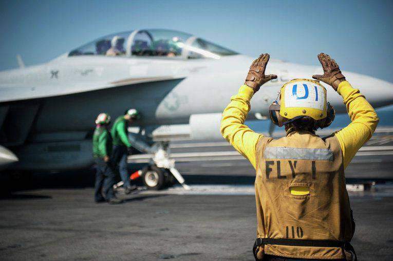 미 국무부 : 미 공군이 하루에 미화 5 억 달러를 공중 공격에 사용하며, 러시아는이 시간까지 8x까지 보낸다.