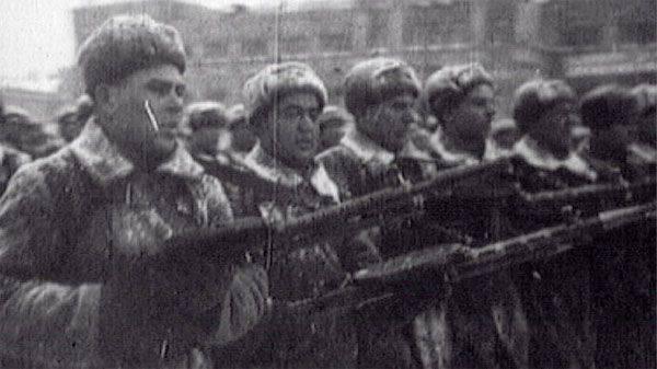 День проведения военного парада на Красной площади 7 ноября 1941 года