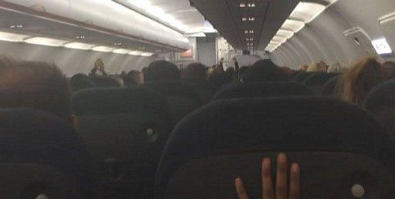 """I media britannici hanno raccontato che l'aereo passeggeri della compagnia aerea britannica """"ha eluso il razzo egiziano"""""""