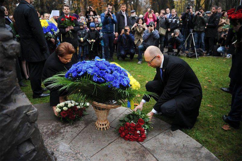 """Yatsenyuk: """"A Ucrânia se livrou dos oligarcas de gás"""""""