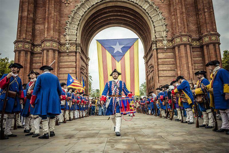 加泰罗尼亚议会通过了一项关于西班牙独立的决议。