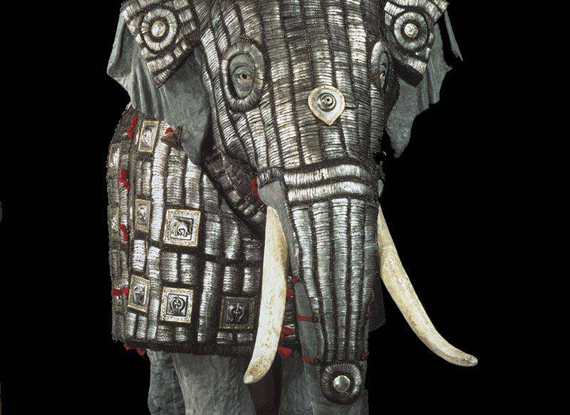 India's weapons: elephants and ... armor! (Part of 2)