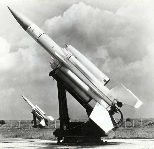 Sistemi missilistici antiaerei britannici. Parte 1