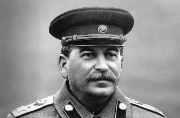 スターリンの注文番号227「一歩後退しないで!」