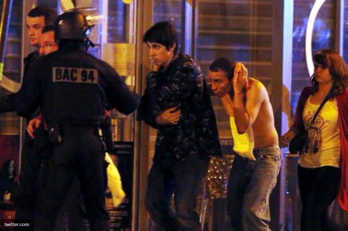 """파리의 """"공격의 밤"""". 프랑스 이주 정책의 유혈 사태"""